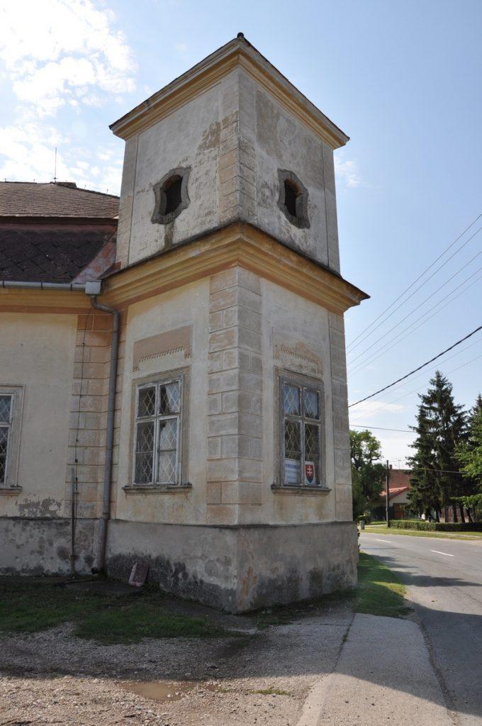A kislúcsi Pálffy-kastély